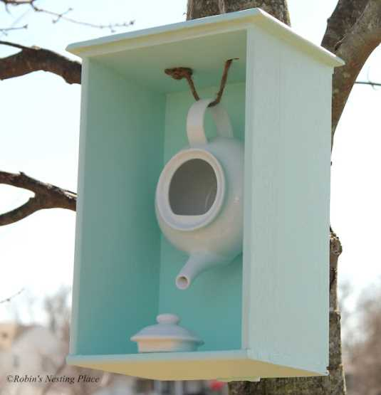 Birdhouse Made From A Teapot